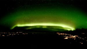 Northern Lights' dramatic display fills in excitement during Aurora watching