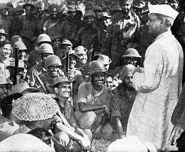 Lal Bahudar Shastri Jayanti: Look at his pictures from past with 'Jawan' & 'kisan' - Lal Bahadur Shastri Jayanti is celebrated on October 2 each year as the great legend was born on this day. EBNW Story features a few rare pictures from his past, showing his love for farmers and soldiers. He was the Prime Minister of India who gave the slogan 'Jai Jawan, Jai Kisan'.